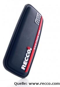 Recco-Reflektoren erhöhen die Wahrscheinlichkeit in einer Lawine geortet und geborgen zu werden. Jedoch besteht eine komplette Notfallausrüstung aus LVS-Gerät, Schaufel und Sonde