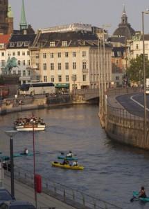 Kajak-Sightseeing Tour entlang des  Gammel Strand in Kopenhagen