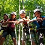 Im Kletterwald Reit im Winkl erwartet Kinder und Jugendliche ein unvergessliches Outdoor-Erlenbis.