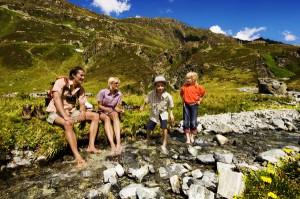 Erlebnisreiche Familienwanderung durch das Montafon. Quelle:  MontafonTourismus, Foto Edi Gröger