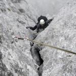 Sicher in den Fels: Outdoor-Test gibt Tipps zur Sicherheit von Bohrhaken.