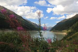 """Naturkulisse des Tiroler Oberlands.    Foto: © Brigitte Bonder"""" alt=""""Naturkulisse des Tiroler Oberlands.    Foto: © Brigitte Bonder"""