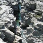 eine Wasserquelle der Maggia im Kanton Tessin