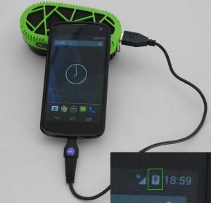 PowerTrekk-Handy
